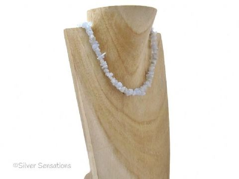 Baby Blue Lace Agate Smooth Chips Fashion Necklace